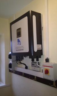 Midlands Solar 3kWp Sunny Roo 250 Panels & Sunny Roo SR3000TL Inverter (2)