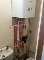 Boiler installation including magnetic filter