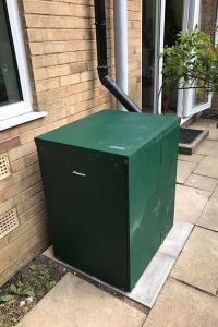 External Worcester-Bosch Oil Combi Boiler