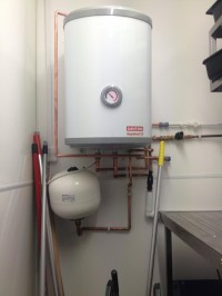 hot water cylinder installed in dartmouth