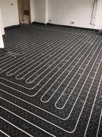 Wet underfloor heating install