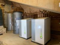 Two 5-22 Kw Ecoforest heat pumps in cascade.